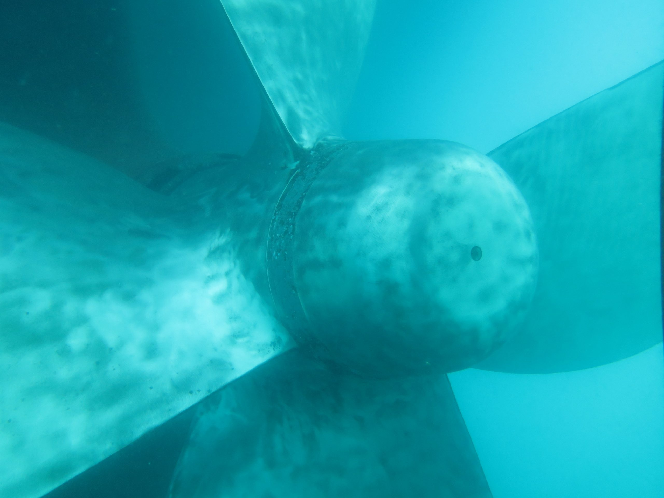 Polished propeller during underwater hull cleaning